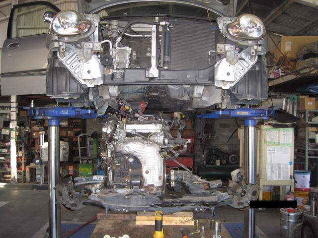 エンジン・ミッション等の積み替え/載せ替えも豊富な経験があります。