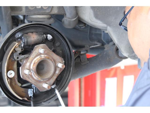 車検、修理鈑金、整備、パーツ取付けなど、おクルマに関することは全て車検キングにおまかせ!