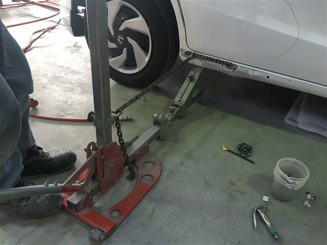 ボディー修理のプロフェッショナルが在中しています。