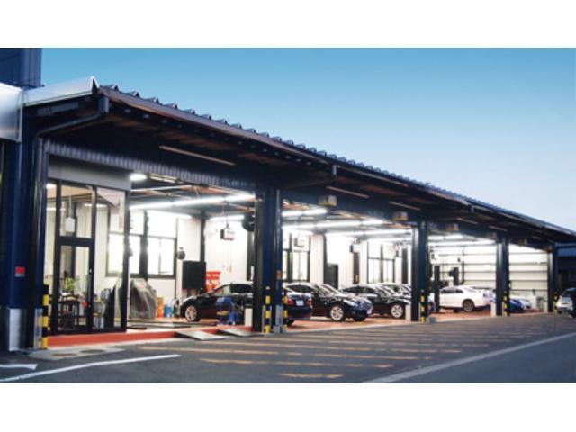 スタッフブログ更新中!知識が豊富なプロスタッフが常駐し、お車の詳細まで全てご説明いたします。