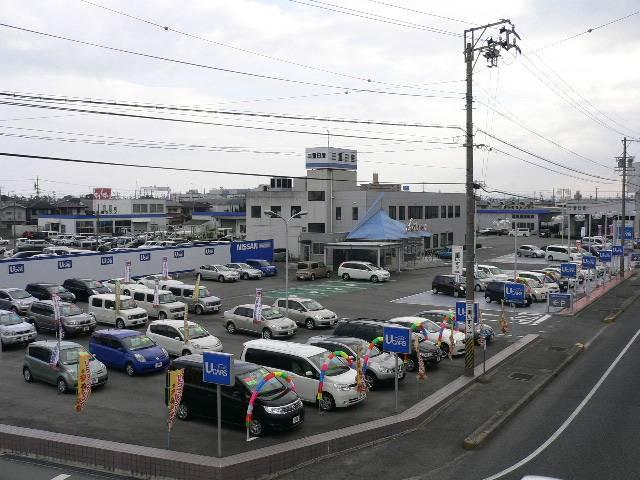 三重日産自動車(株) とんがりハウス津の店舗画像