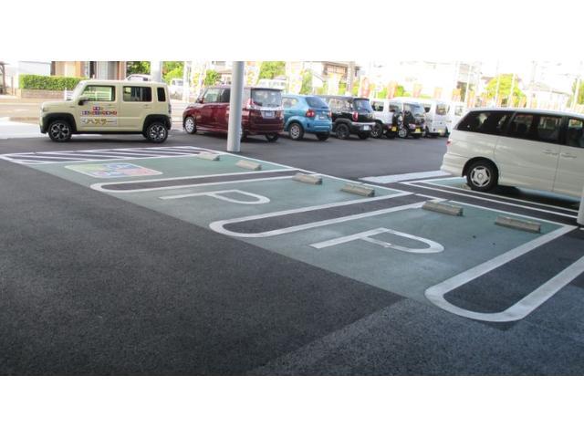 お客様専用駐車場完備。新車も取り扱っておりますのでお気軽に御来店下さい。