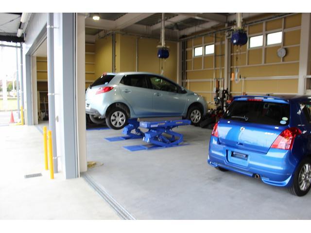 代車として、軽自動車、普通車、ライトバン、ワンボックス、1.5トン積トラックなど、準備しております。