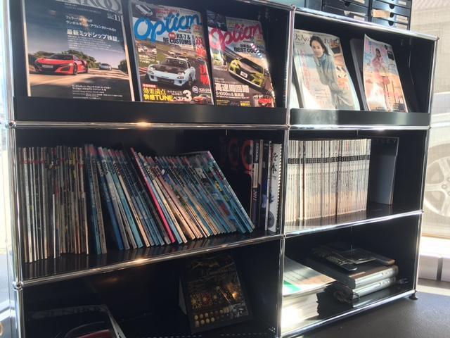 各種雑誌等もご用意させていただきます。