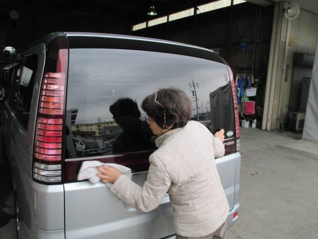日々お客様満足度向上に努めております。車検や点検・整備が終わったお車には洗車のサービスも!