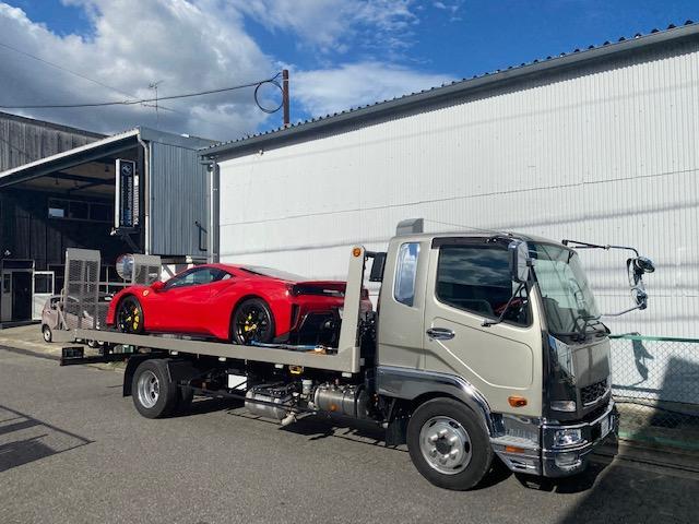 車輌は全て当社ガレージにて確り整備を行った後に展示。納車時には再度入念なチェックを行います。
