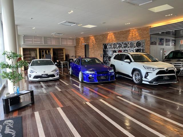 KUHL PREMIUM NAGOYA(クール プレミアム ナゴヤ) ミニバン&SUV専門店(5枚目)