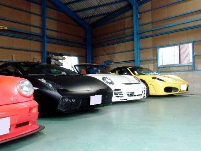 他にはない希少車展示中!!あなたの憧れのお車もお探ししますよ!