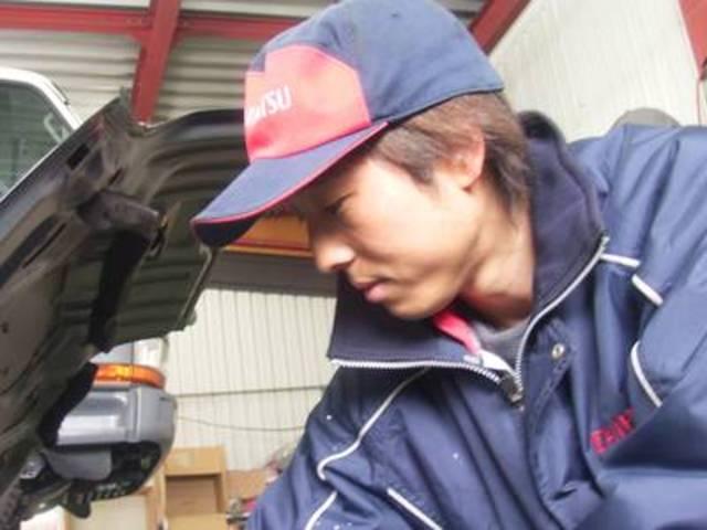 工場長の今 俊博です。お客様の愛車を確り整備します!