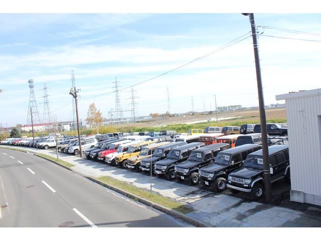 当店はTOYOTAランドクルーザーを中心に4X4車両を取扱いしております。常時50台以上在庫!