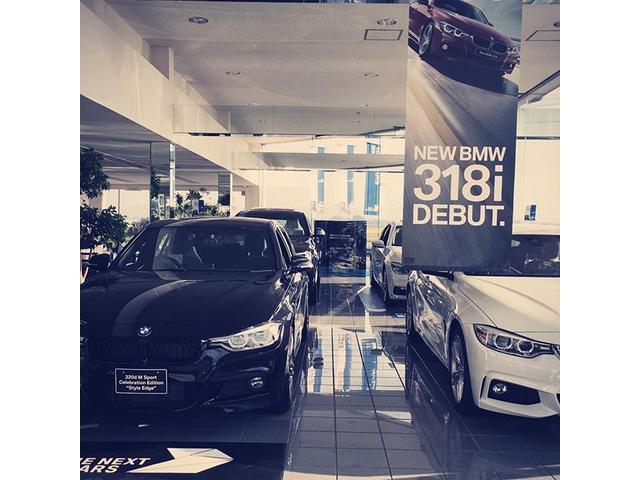 常時5台展示の新車ショールーム。お得な情報も満載!最新車種の試乗車も常時ご用意!