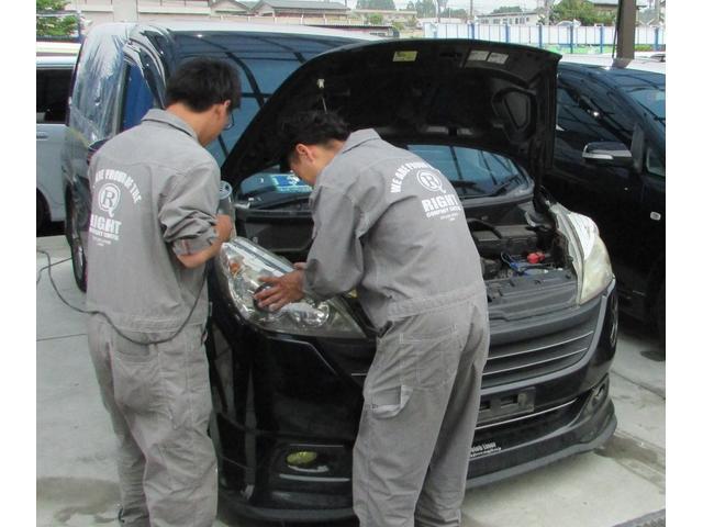 1台1台大事に仕上げ行っています!どんな車のネガティブに対応できるよう日々技術を向上させています!!