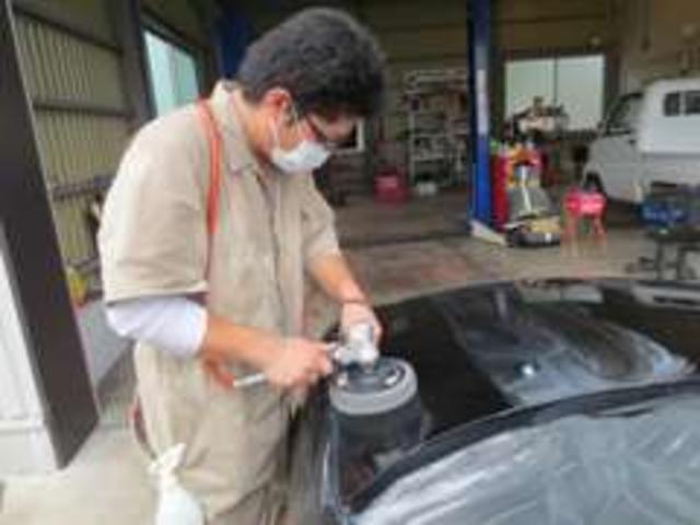 ボディーコーティングキャンペーン実施中!磨きのプロがあなたの車ピカピカのツルツルにします!