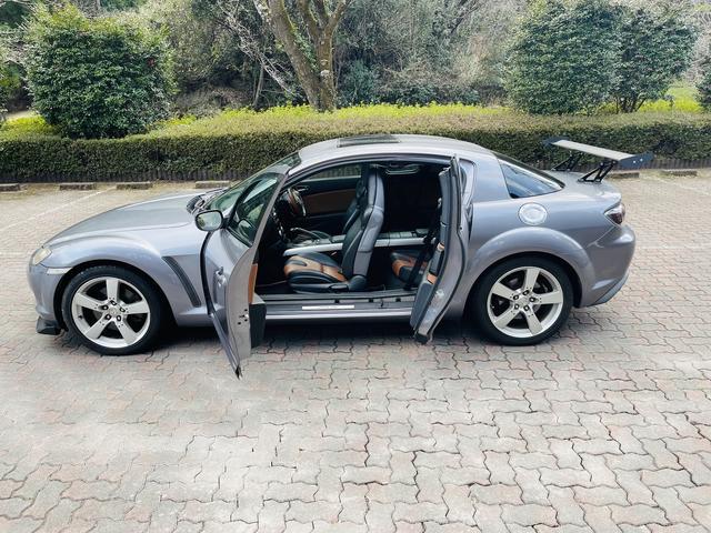当社は常時在庫300台以上ございます!良質な車を低価格で販売しております!!