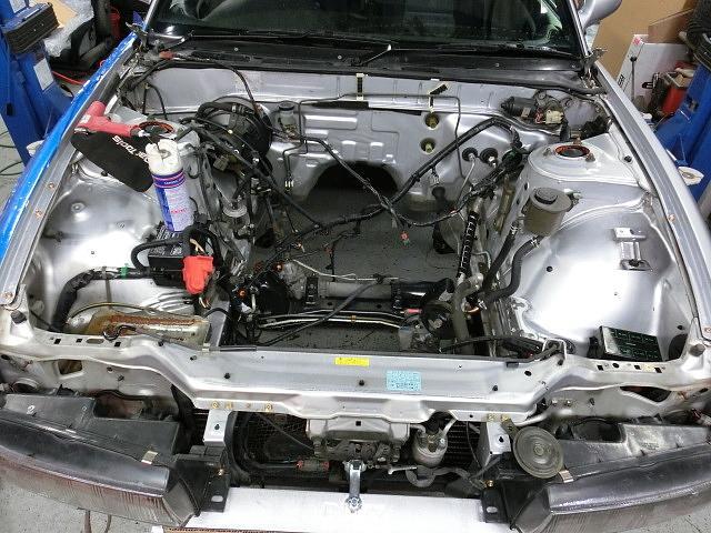 高温温水スチームに各種コーティング剤なども完備しております!安心!キレイなお車のみお届けします。