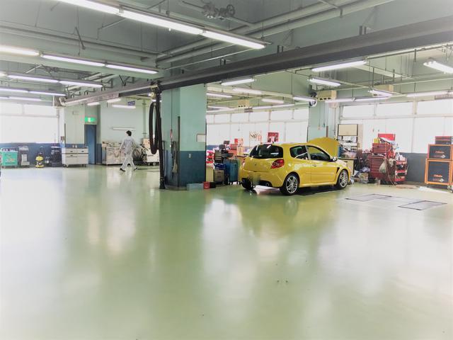 提携工場は、国交省指定工場ならではの充実した設備!点検・整備・車検・板金など何でもお任せ下さい。