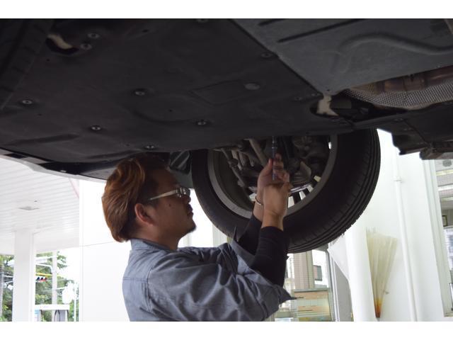 提携している認証整備工場がある為整備もご安心ください。