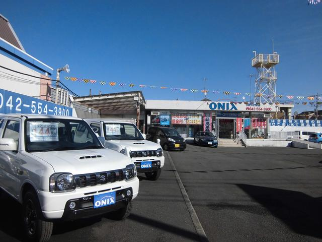 特選中古車が数多く展示されております。