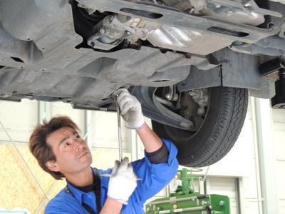 設備と技術でお客様のお車に接して参ります