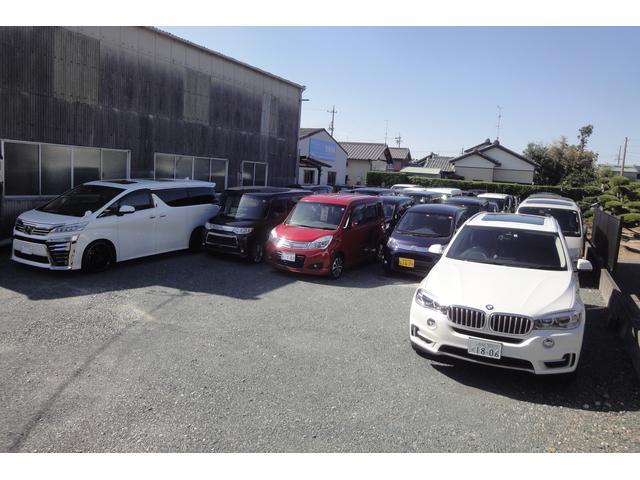 当店では人件費や店舗維持費などの固定費を最小限に抑えてその分を車輌価格に反映させております。