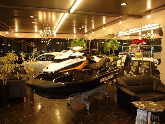 マリンジェットも展示&販売しております。各メーカー(SEADOO・カワサキ・ヤマハetc・・・)