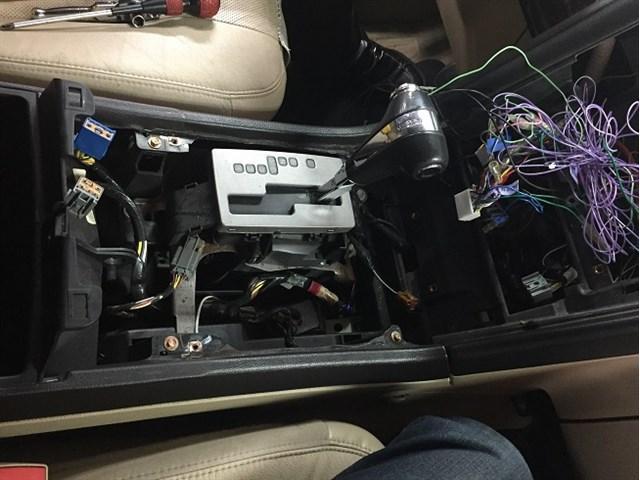 各種電装系の修理・整備もお任せ下さい。