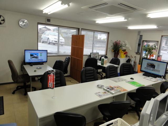 商談スペースでじっくり、ご相談してください!豊富な経験と知識でご対応いたします!