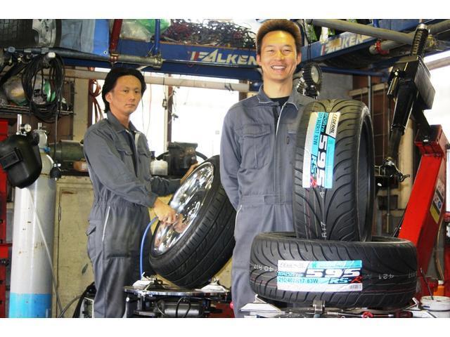 タイヤ販売はもちろん、持ち込みタイヤ交換も喜んでさせて頂きます!バイクのタイヤもOKです!