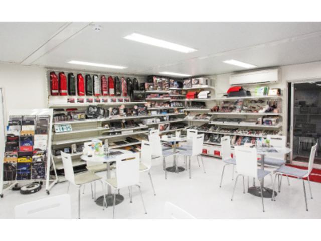 Kazuki Auto 堺インター店 ハイエース専門店(4枚目)