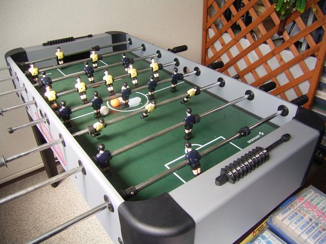 いまやサッカーは国際公用語。ちなみにこのゲームの国際大会もあります。