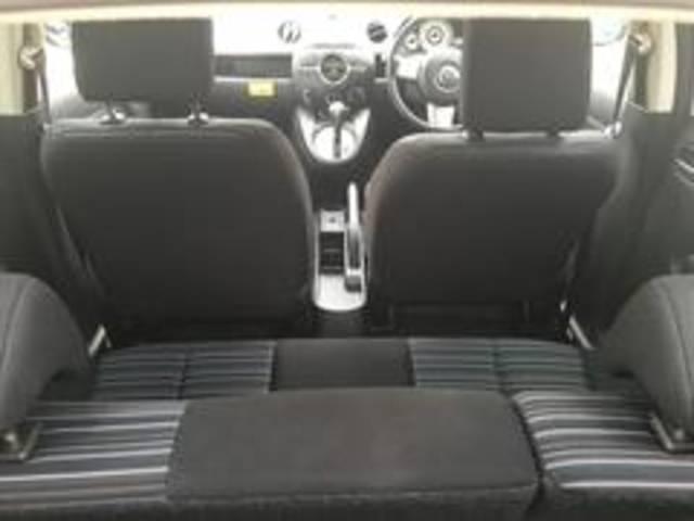 レンタアップ車のメリットは、日々点検・清掃を行っているので安心してお買い上げ頂ける事です。
