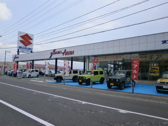 青森県五所川原市101号線沿いにございます。