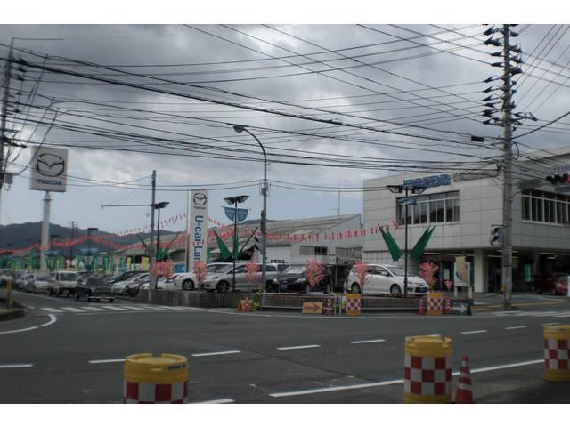 山口マツダ(株) 中古車営業部の店舗画像