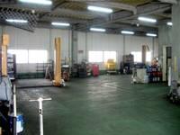 自社認証工場は3Fに完備!車検・一般修理・テスター機完備にてご安心してお任せ下さい!