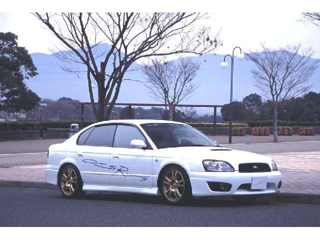 福岡オートサロン2003へ出展した車輌です!ドレスアップ等お見積りもお気軽にご相談下さい♪