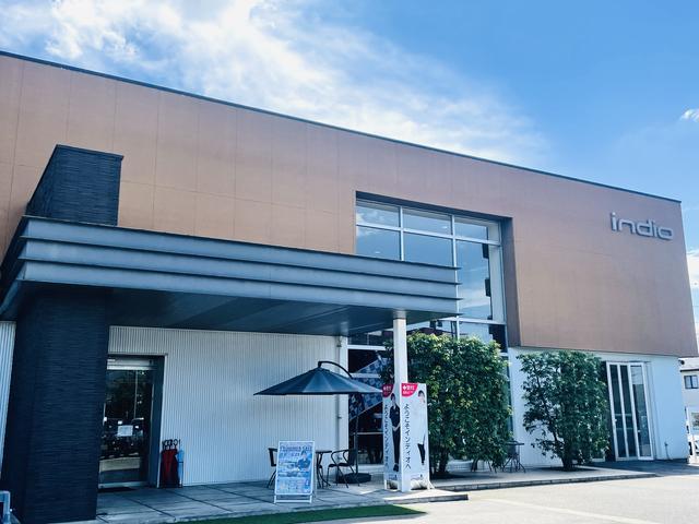 ミニバン・SUVスタジアム (株)インディオ富山の店舗画像
