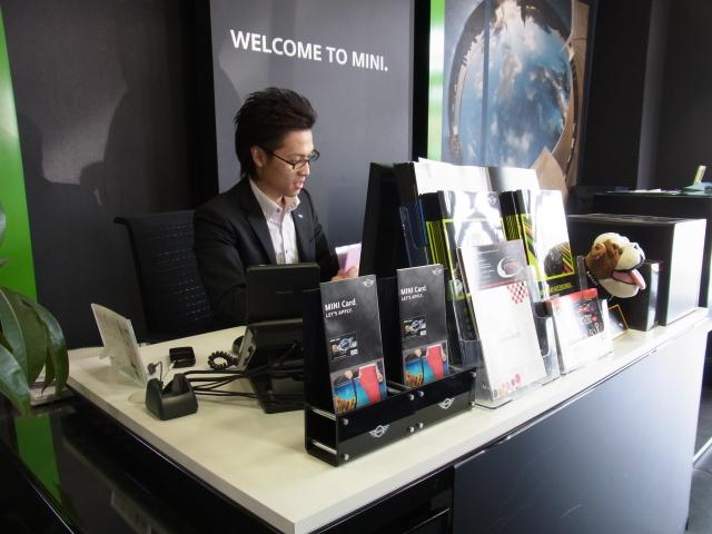 MINI NEXT 新潟のアフターサービス 【MINI選任のサービスアドバイザー】