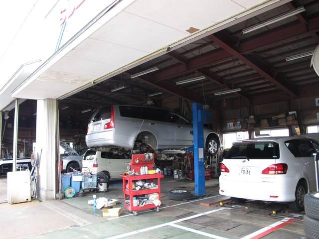 (有)柴田自動車販売のアフターサービス 長年培った知識と経験を持ったベテラン整備士が確りと整備しおります。