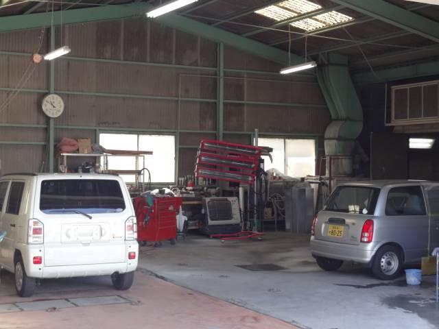 板金塗装専用工場