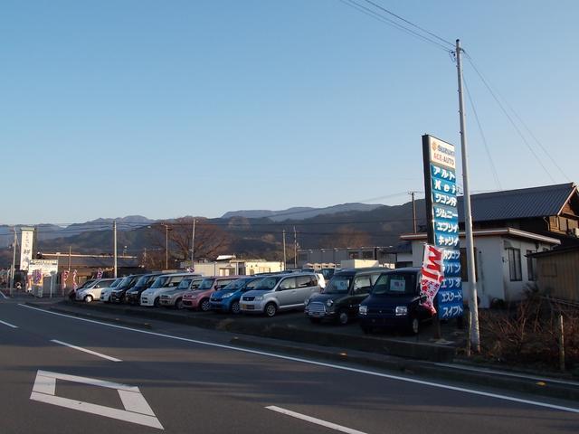 随時お買い得車をズラ~リ展示しています!お気に入りの1台を見つけてやってください^^