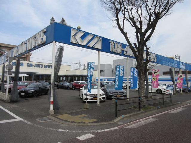 ケーエムオートワークス福岡店の店舗画像