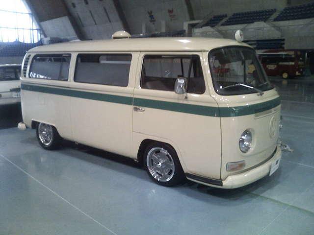 1969年式ワーゲンバスの救急車