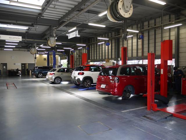 都内最大級 大型サービス工場完備! 購入後のメンテナンスに自信あり!