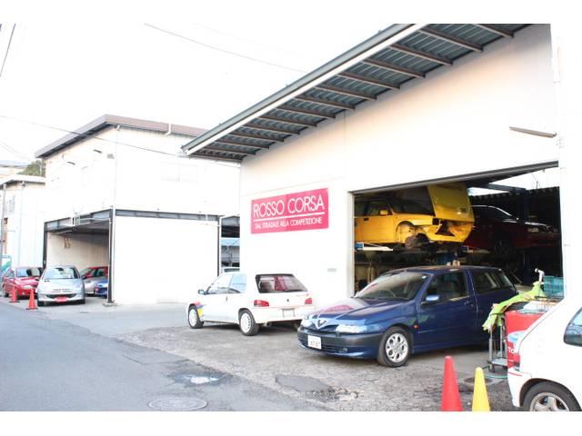 多摩地区で17年!調布唯一のラテン車専門工場!ホームメカニックとして愛車は当社にお任せください!
