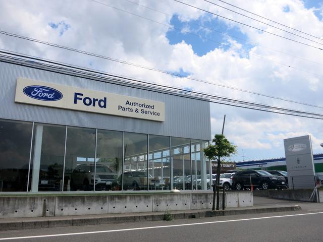 フォード最新モデルの展示車から、新旧様々なモデルの試乗車をご用意!是非お気軽にお立ち寄り下さいませ!