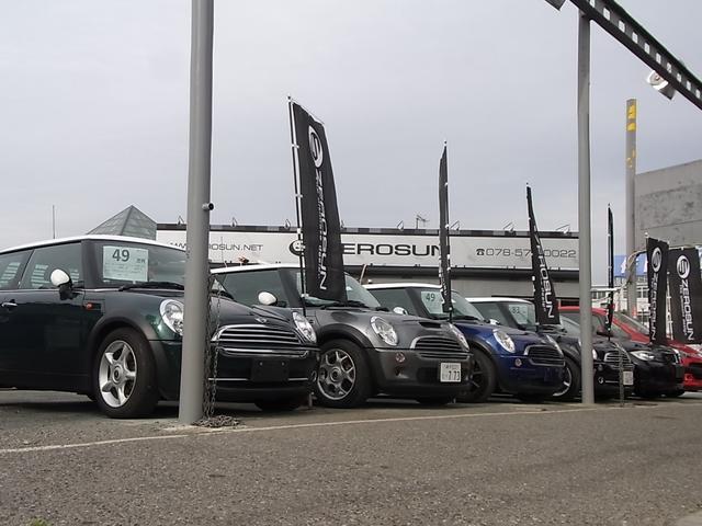車両展示場には、BMWを中心にワーゲン、ミニ、アウディ等を在庫しお客様のご来店をお待ちしております!