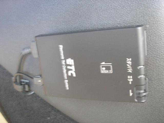 15RX タイプV 禁煙 アルミ付冬タイヤ積込 日産認定車(15枚目)
