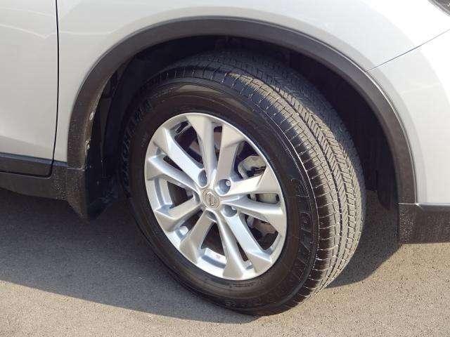 225/65R17タイヤは静粛性、経済性に優れたタイヤです。