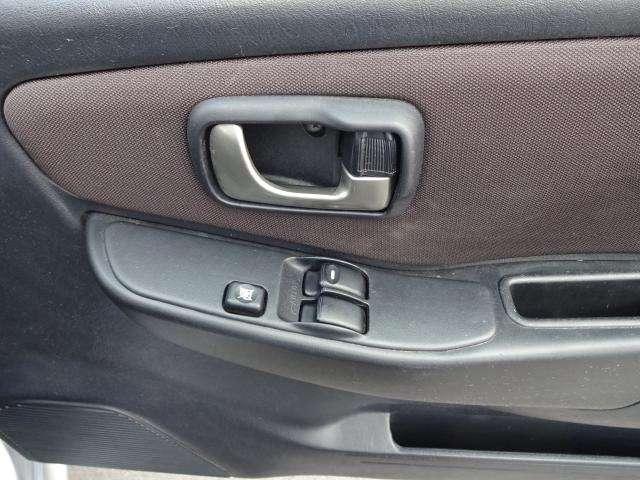 XR 2WD 純正CDチューナー AUX入力(9枚目)