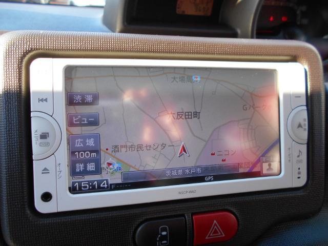 トヨタ スペイド G 左側オートスライド